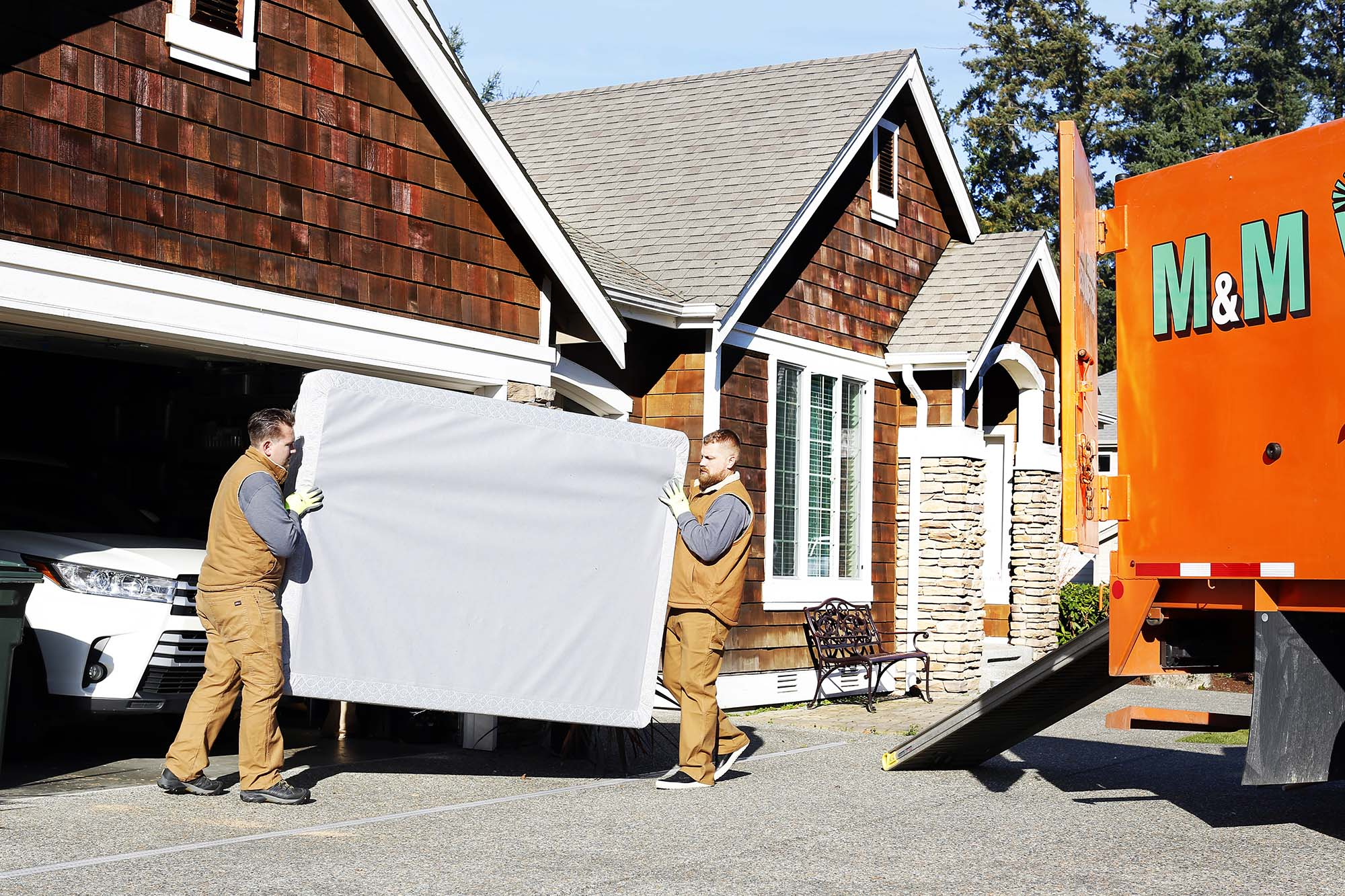 M and M Junk Removal Service